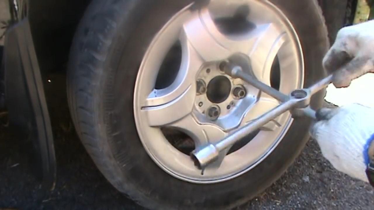 Устанавливаем колесо на ладу Гранту